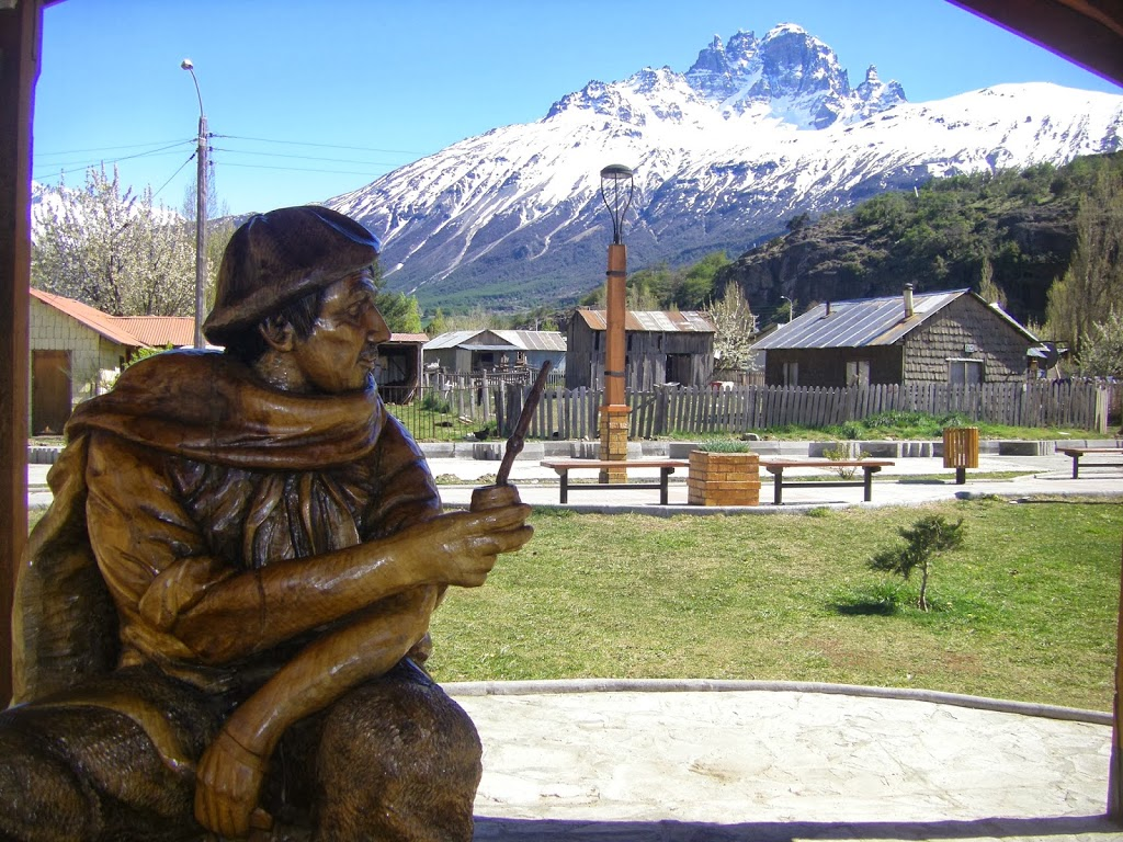 """El Mate"" Wood Carving in Villa Castillo"