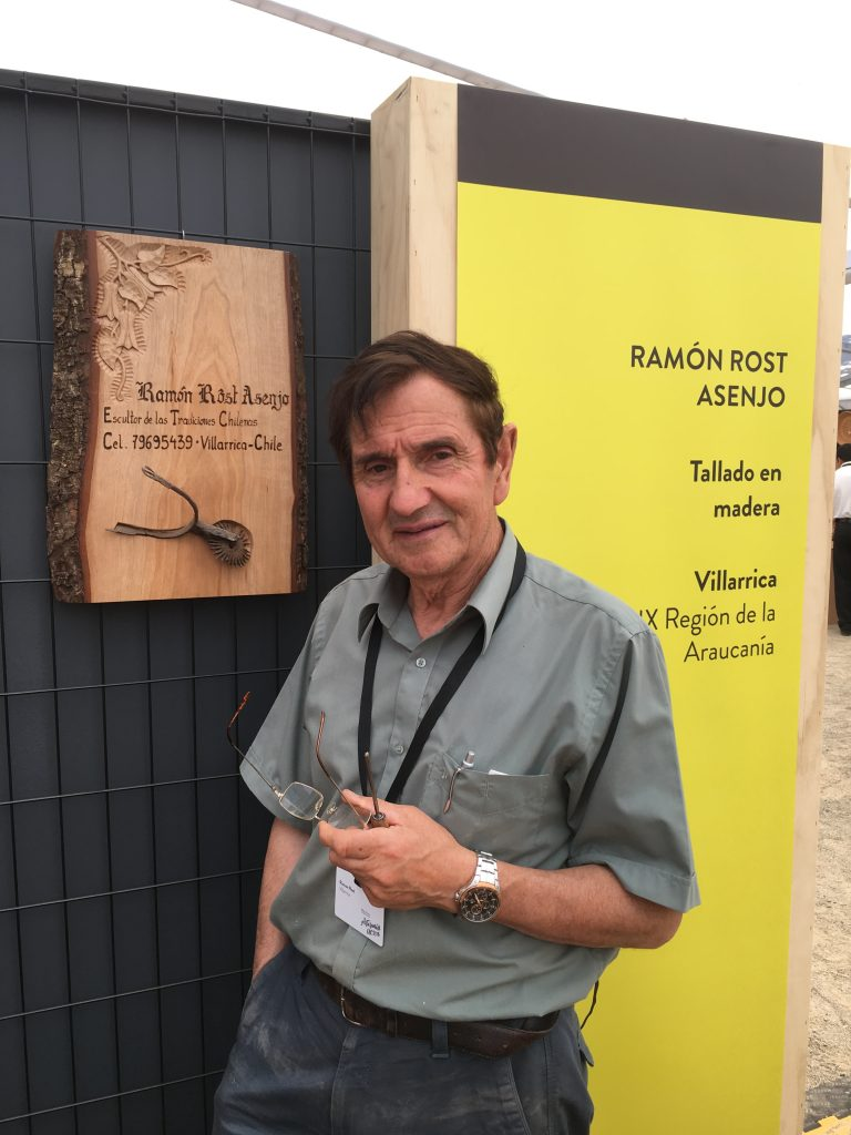 Ramón Rost, with his best artisan award